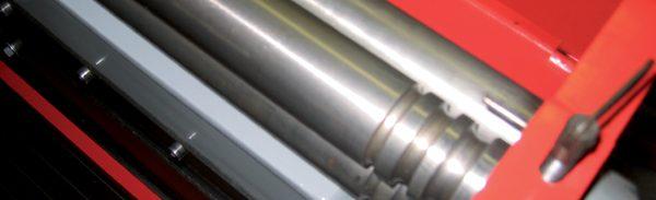 3 em 1 Quinadeira, Guilhotina, Calandra UBM1070 / Combined sheet Machine 3 in 1 UBM1070